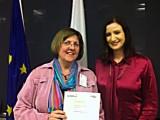 Katedralskolans lärare Joan Lindberg utnämns till EU-ambassadör av minister Birgitta Olsson.